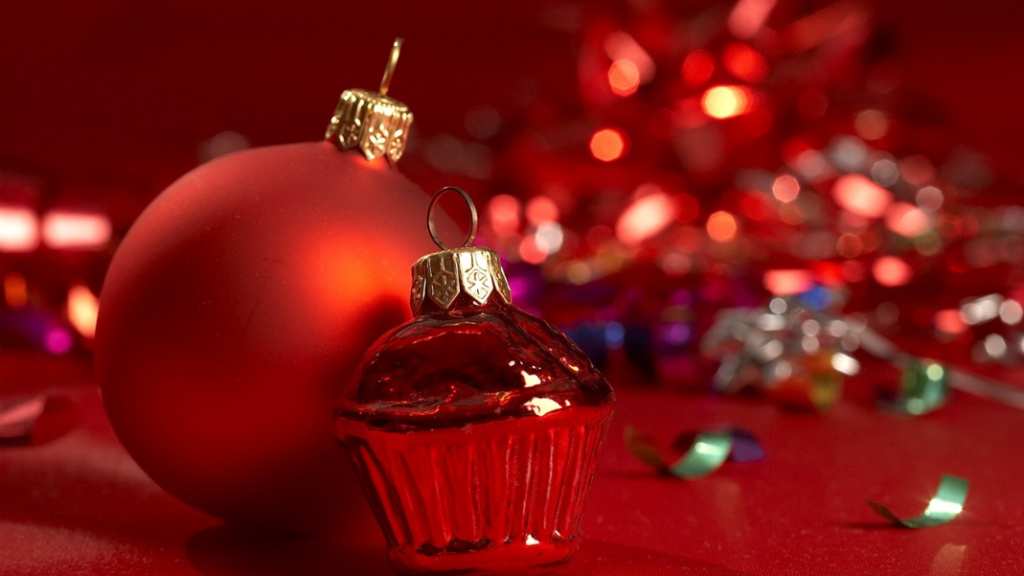 Christmas images in red color